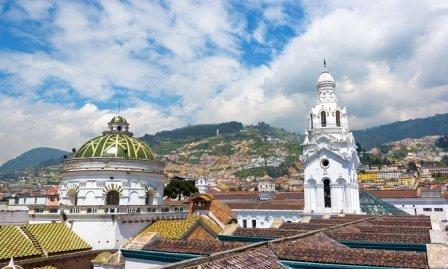 Vuelos a Quito  con Latam